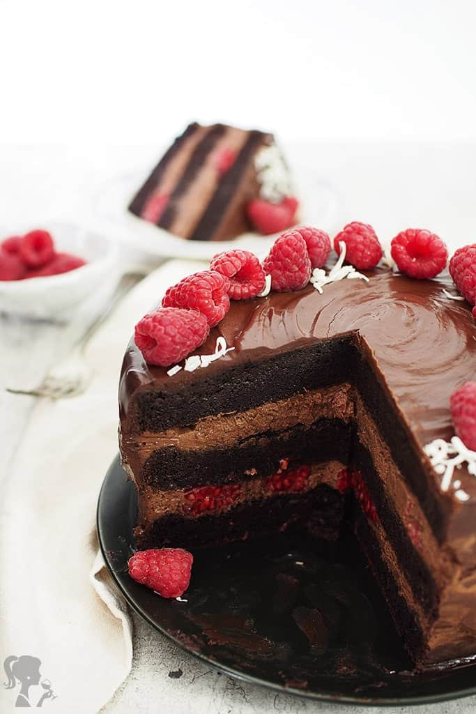 Čokoládová torta s malinami